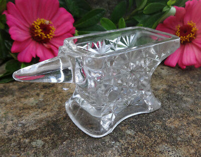 Clear Glass Mini ANVIL Open Salt Dip, Cellar, Dish-Daisy & Button Pattern--BERG!