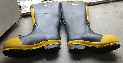 Black Diamond Protective Fire Fighter Boots. Sizes 4M- 8M- 9.5M