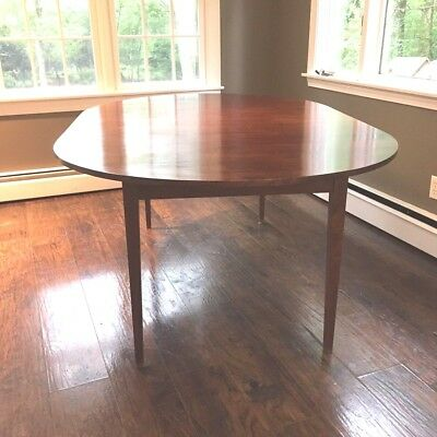 Thomas Moser Vintage Oval Dining Table