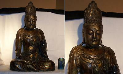 Big early 19th Century Chinese Qing finely Carved Wooden Guanyin with Gold Gilt