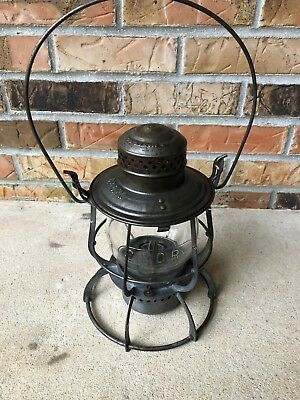 C&O Railroad Lantern Marked Tall Globe