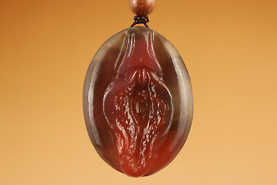 tibet Pendant Chinese natural agate jade Hand Carved Door Lift Statue 0805
