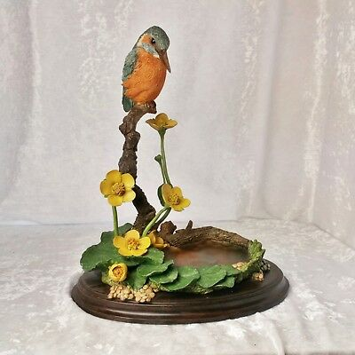 """Country Artists CA355 Kingfisher with Marsh Marigold 24cm/9"""" tall"""