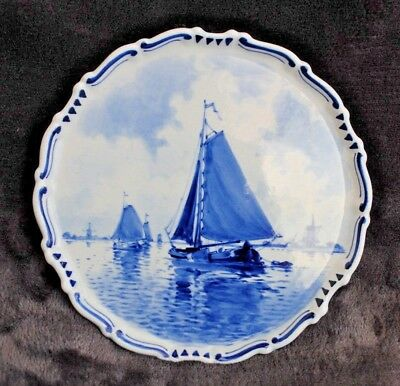 ANTIQUE De Porceleyne Fles DELFT BLUE WHITE PLAQUE WITH HAND PAINTED BOATS 1927