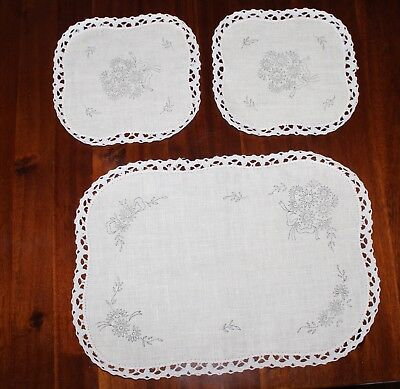 *Rare VTG Traced linen Exceptional - 3 Piece Set  -Semco with cotton lace edge.