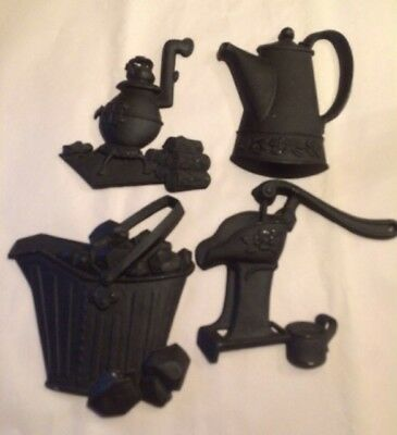 Vintage Miniature Sexton Usa Cast Iron Kitchen Decor Wall Hanging Trivets