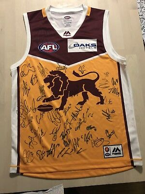 brisbane lions guernsey signed by 2018 squad