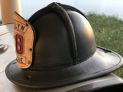 VINTAGE CAIRNS & BROS Leather FIRE FIGHTER~FIRE DEPARTMENT Helmet. Size 7 1/2