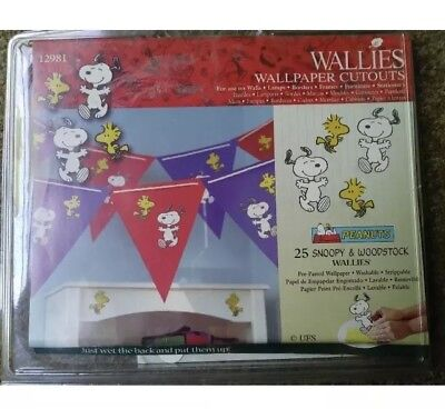 """25 Nice Size Peanuts Snoopy Woodstock Wallpaper ~ stickers ~ cut outs """"Wallies"""""""