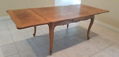 ANTIQUE PROVINCIAL STYLE dining table extendable table formal casual dining