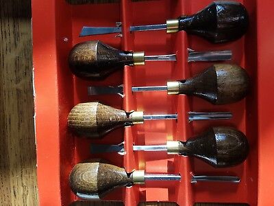 woodcarving acorn tools for miniature carvings chisels