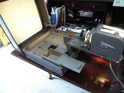 Vintage Gnome Slide projector in case with built in screen Unusual item Working.