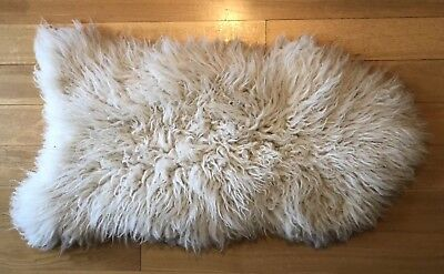 Genuine Real Sheepskin Rug Fluffy Thick Large 140cm x 75cm Cream Off-White