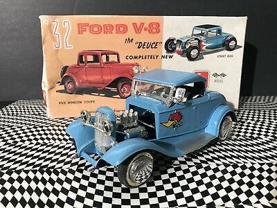 Vintage Ford V-8 Coupe 1932 Deuce Amt 3 In 1 Customizing Kit