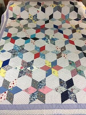 Fabulous Farmhouse Chic Vintage Handmade Six Point Touching  Stars Quilt