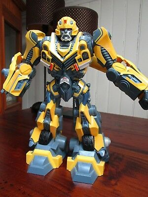 Grand Robot transformer Bumble Bee articulé