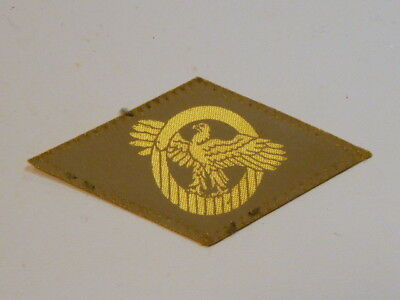 A   WW 2 U S Army Honorable Discharge Printed Rayon  Patch