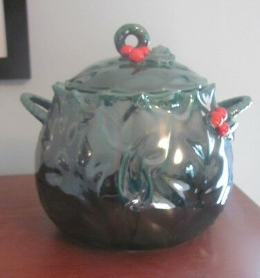 Lefton Green Holly and Berry Christmas Cookie Jar with Lid