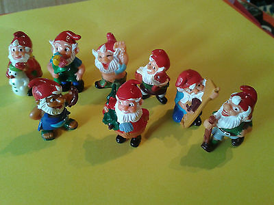 Lot de 9 NAINS ( figurines KINDER ) - occasion -
