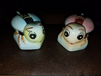 Vintage Set of 2 Porcelain Small Bee Containers W/Lid & Spoon