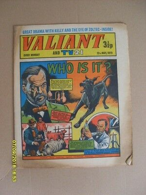 VALIANT and TV21 ...WHO IS IT ..--GREAT CONDITION .PLS - L@@K