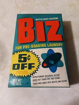 Vintage Biz pre soaking laundry powder full box NOS 12oz appox 4 1/2 x7 inches