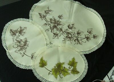 Vintage partially completed ivy duchess set Hobbytex 8401 3-piece painting cloth