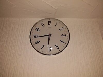 Superb Vintage 1960's Metamec Battery Wall Clock Retro Kitchen Clock White Job