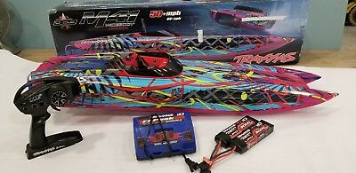 Traxxas 57046-4 M41 Brushless Catamaran RC Boat 50+MPH BATTERY & CHARGER COMBO!!