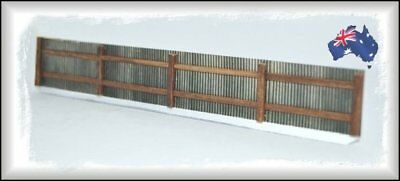 AF1 HO Scale Australian 6' Aged Silver Galvanised Iron Fencing 1.4 metres