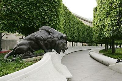 National Law Enforcement Officers Memorial,Washington,DC,April 2006,Lion,Police