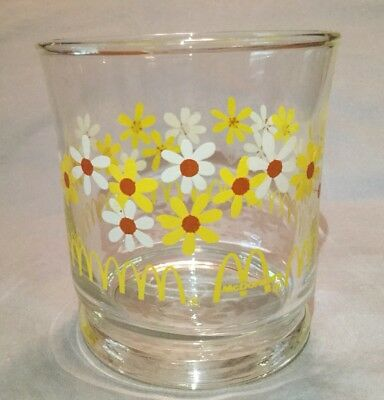 McDonald's Glass Vintage 70's White & Yellow Daisy Flowers Libbey Glass