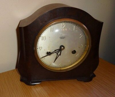 Vintage Smiths Enfield Art Deco Bakelite  Mantel Clock For Parts Or Repair.