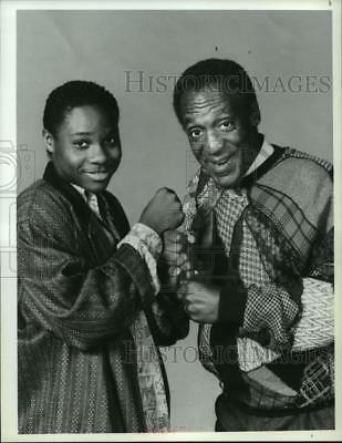 """1986 Press Photo Malcolm Jamal Warner and Bill Cosby star in """"The Cosby Show"""""""