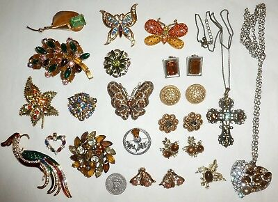 Vintage-Recent Lot 50pc Rhinestone Jewelry Brooches Earrings Necklaces  + Nice!