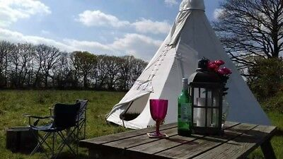 Teepee on the edge of Dartmoor set in 92 acres of farmland. Sleeps 2-4