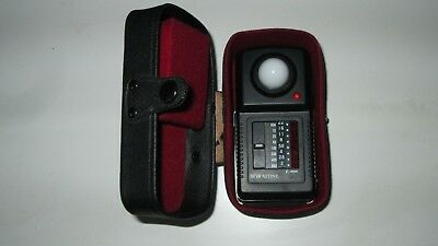 Spiratone Flash Meter with Case