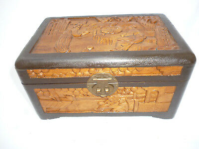 VINTAGE CHINESE LARGE CARVED WOODEN JEWEL or  TRINKET BOX - excellent condition