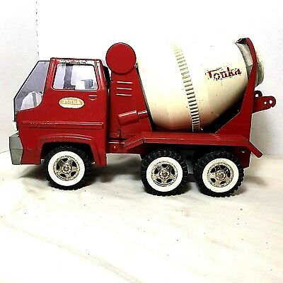 Vintage 1960's  'Red Tonka Cement Mixer Truck'    Pressed Steel