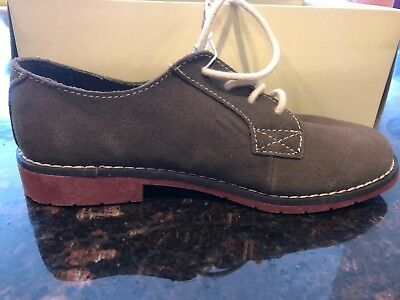 New In Box Cherokee Boys Suede Buck Lace Up Brown School Uniform Shoe Size 4 M