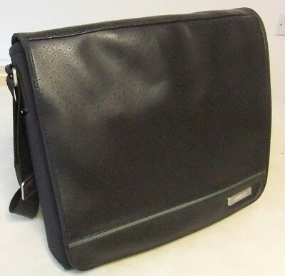 Genuine Bose SoundDock Portable Shoulder Messenger Bag - Excellent Condition