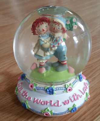 Raggedy Ann and Andy Snowglobe - Fill the World with Love