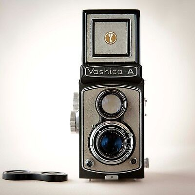Film Tested Vintage Gray YASHICA A Twin Lens 120 Film CAMERA with Case