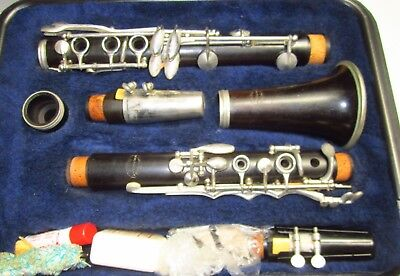 40's or 50's Evette Sponsored by Buffett Wood Clarinet E11? Model Paris France