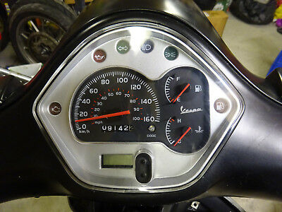 2013 Vespa Piaggio Gts 300 Supersport Speedo / Clocks