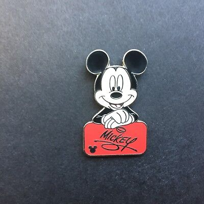 WDW Cast Lanyard Collection 4 - Mickey's Autograph Red Disney Pin 47195