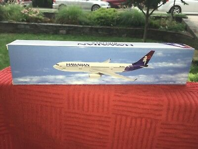 Flight Miniature's Hawaiian Airlines A330-200 Airplane 1:200 Scale Model Kit NIB