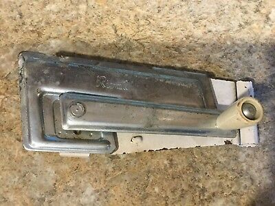 Rival Vintage Cabinet Mount Can Opener no mounting bracket. FREE Shipping