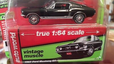 Auto World 2018 Premium Series R-3  #5 Vintage Muscle 1967 Ford Mustang Gt