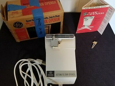 New In Box Vintage GE Wall Mounted Mount Can Opener Model EC9 White Electric